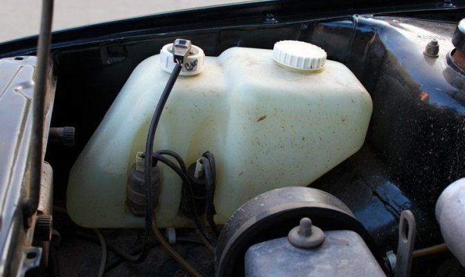Chevrolet Aveo | Долив воды в бачок стеклоомывателя | Шевроле Авео | Авто центр SPB - ремонт автомобилей и заказ запчастей