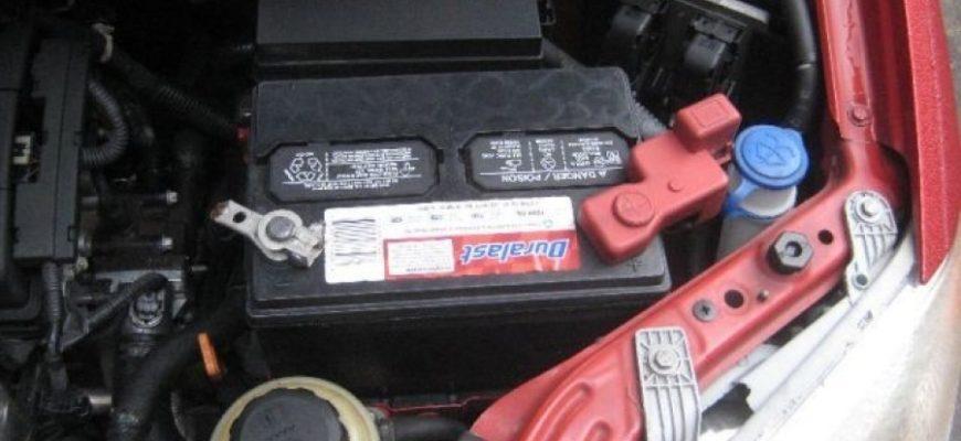 Замена аккумулятора на автомобиле Шевроле Авео