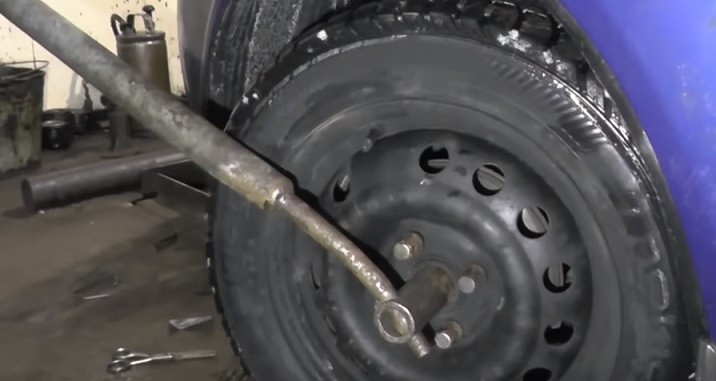 Замена переднего правого привода Шевроле Авео т300