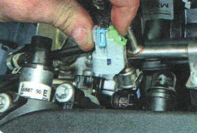 Снятие, проверка и установка форсунок | Силовой агрегат | Руководство Chevrolet